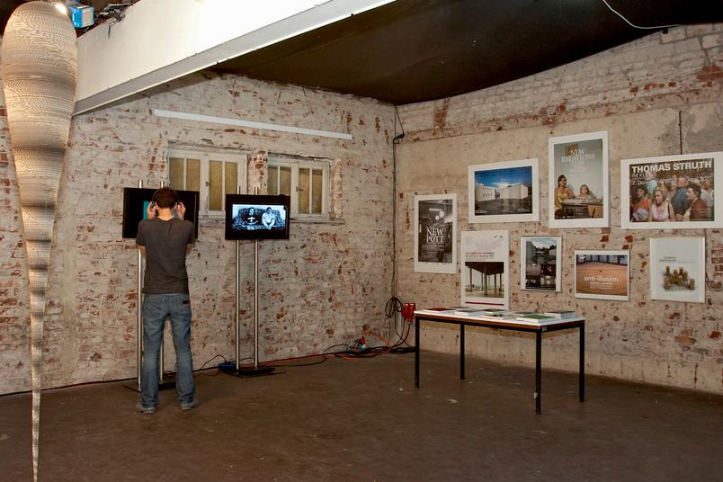 Im C60 sind unter anderem Publikationen und Projekte der Kunsthistoriker und der Kunstsammlungen zu sehen.