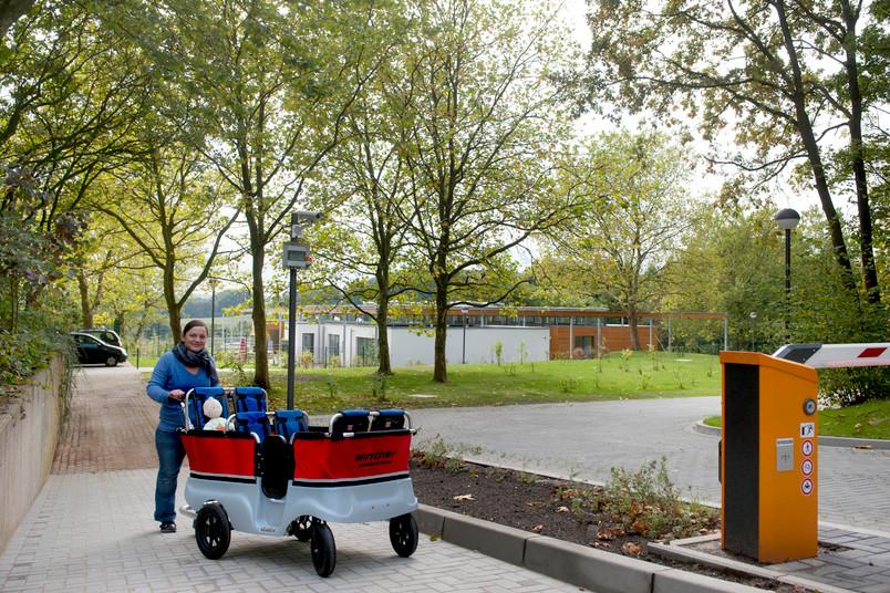 Selbst mit großen Kinderwagen erreicht man die Kita nun bequem.