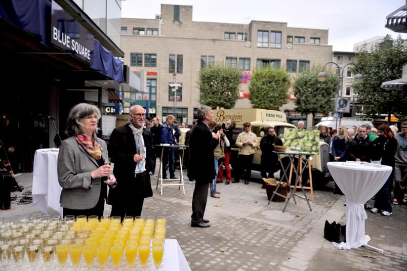 Einweihungsfeier mit Oberbürgermeisterin Ottilie Scholz und Rektor Elmar Weiler