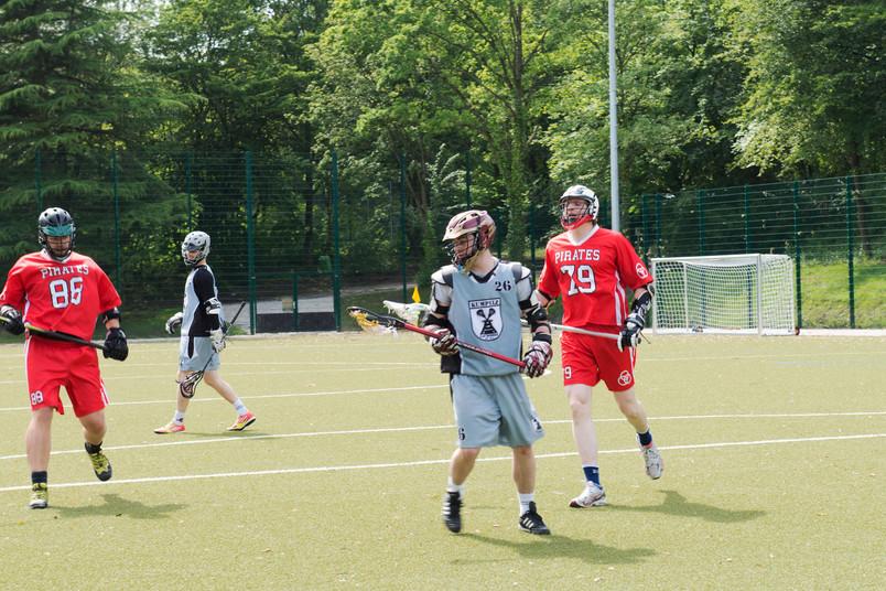Der Hochschulsport bietet nun auch Lacrosse an.