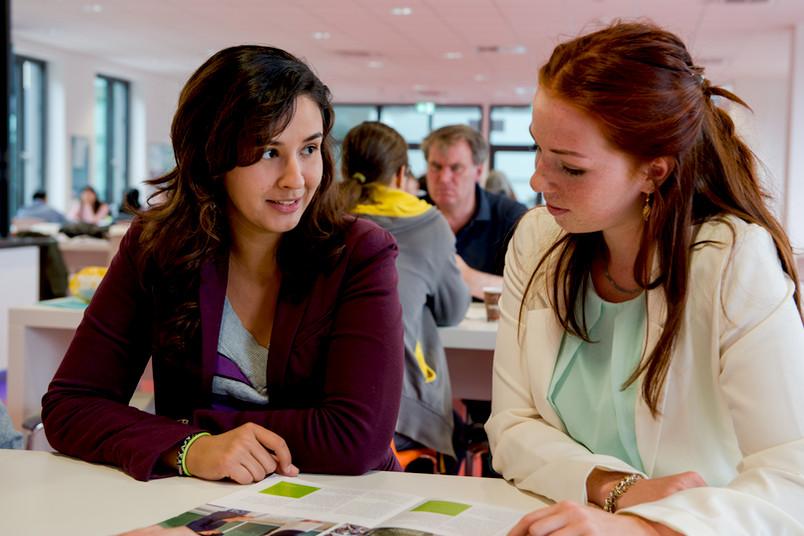 Nur wenige weibliche Flüchtlinge lernen Deutsch an der RUB.