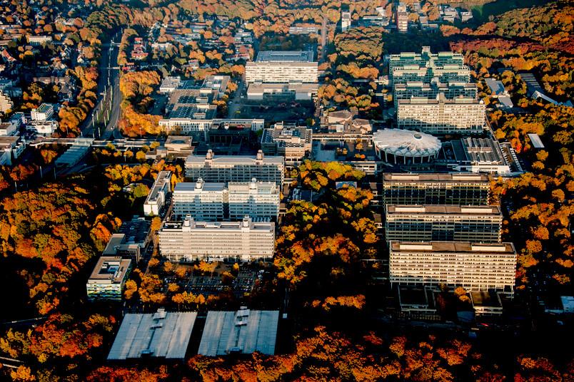 Auch der Ruhr-Universität statteten wir bei unserem Flug einen Besuch ab.