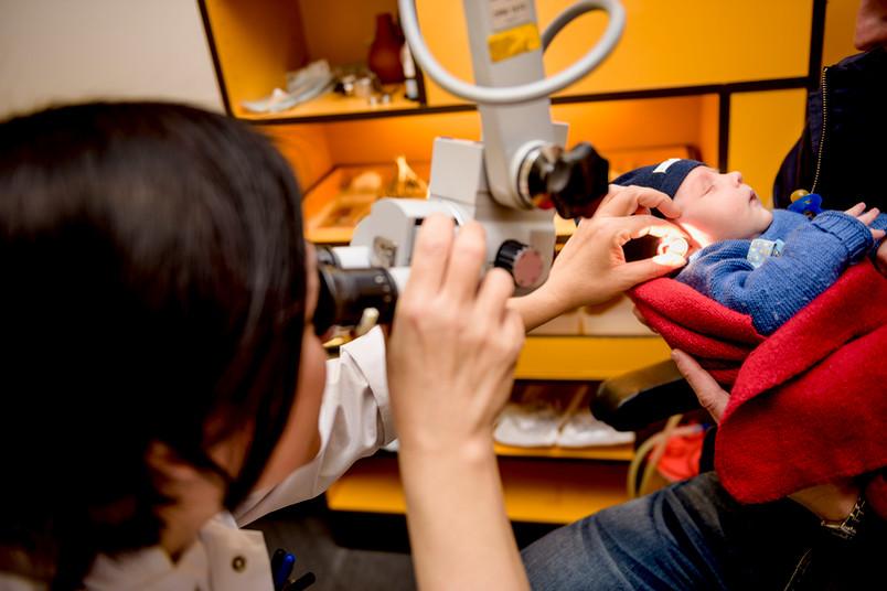 Medizinerin Katrin Neumann war 2009 maßgeblich daran beteiligt, dass in Deutschland ein Hörscreening für Neugeborene eingeführt wurde.