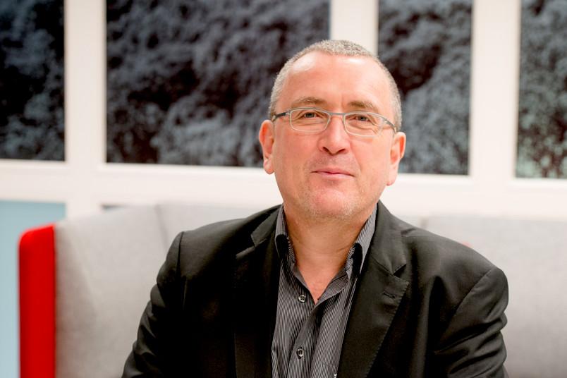 Stefan Rieger war Heisenberg-Stipendiat und hat seit 2007 die Professur für Mediengeschichte und Kommunikationstheorie an der RUB inne.