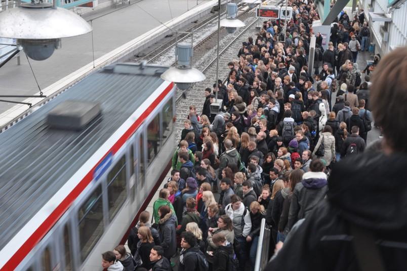 Nutzer der U35 und andere Pendler müssen sich am 26. April 2016 auf einen Streik einstellen.