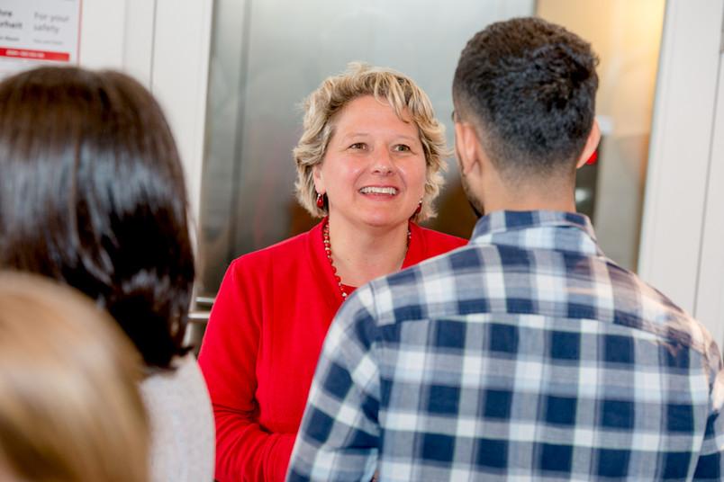 Ministerin Svenja Schulze tauschte sich mit den jungen Talenten aus.