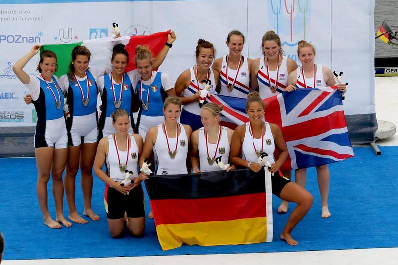 Siegerehrung der Frauen bei der Studierenden-Weltmeisterschaft im Rudern