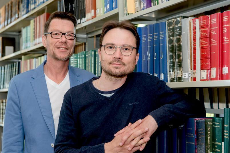 Dr. Yury Arzhanov (rechts) und Dr. Rüdiger Arnzen