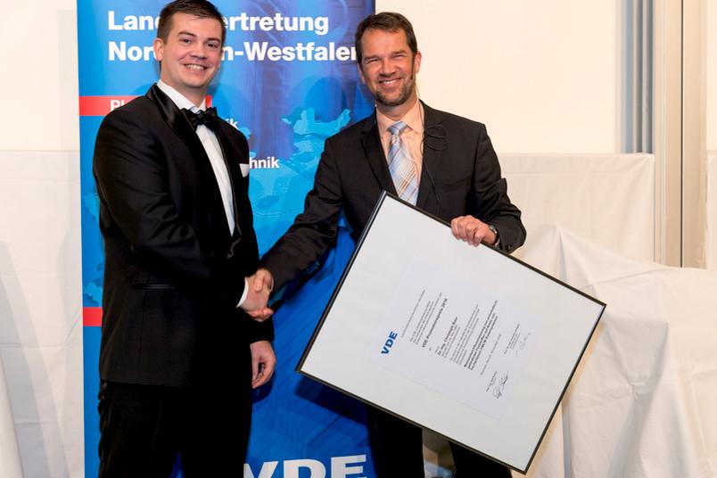 Übergabe des VDE-Promotionspreises