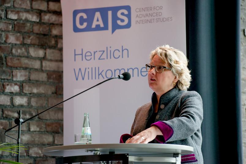 Svenja Schulze am Rednerpult.