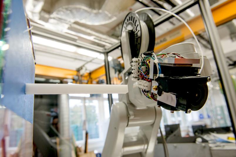 Prototyp des innovativen 3D-Druckers aus der Ruhr-Universität Bochum