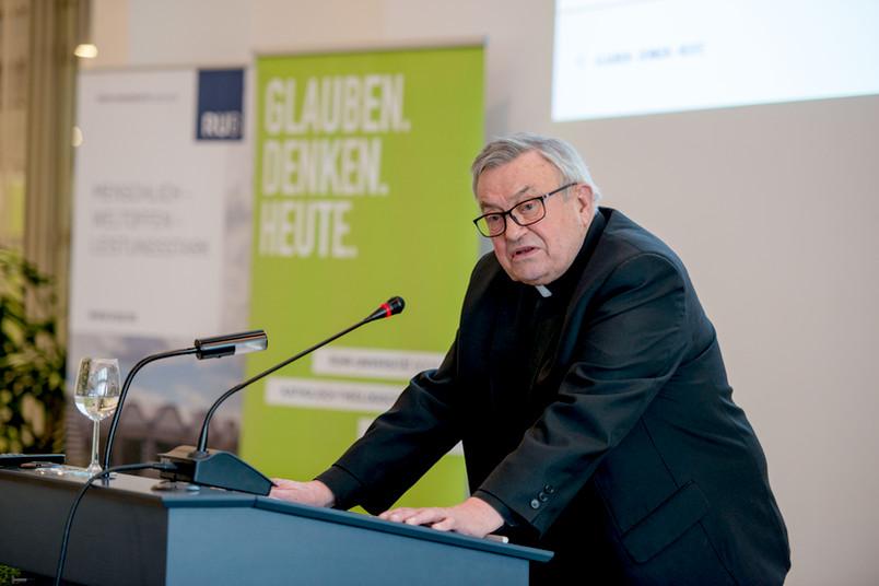 Karl Lehmann bei der Verleihung der Ehrendoktorwürde an der Ruhr-Universität Bochum