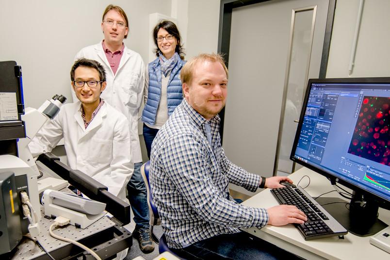 Forschergruppe im Labor