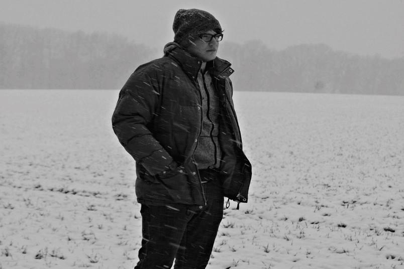 <div> Musiker, Tontechniker und Sänger: Leo Ihrler ist ein junges Bochumer Multitalent.</div>