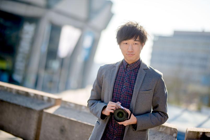 Student mit Fotokamera