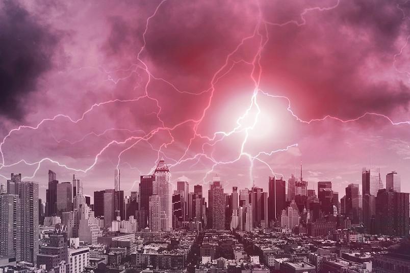 <div> Blitz, Donner, Starkregen: Sind das die Folgen des Klimawandels für Großstädte?</div>