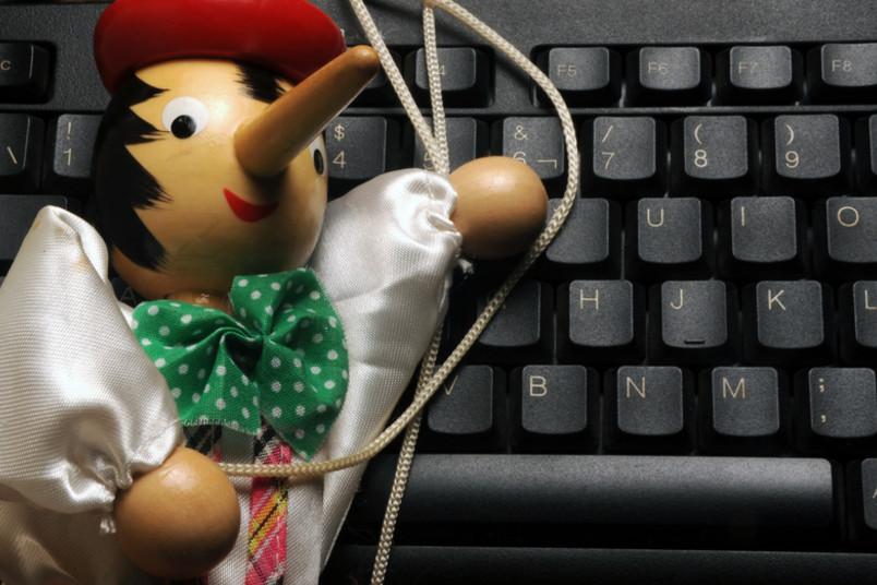 Pinocchio auf Tastatur