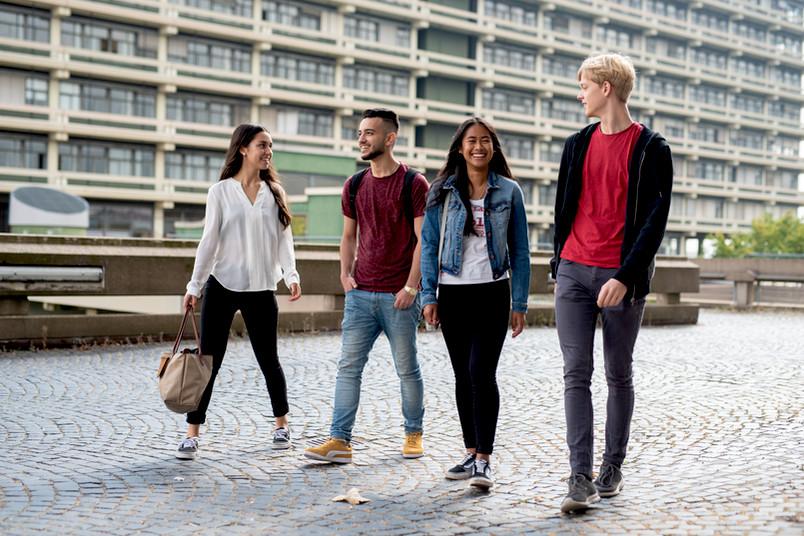<div> Mit dem Semesterstart im Oktober bietet die RUB auch wieder viele Angebote für Schüler an.</div>