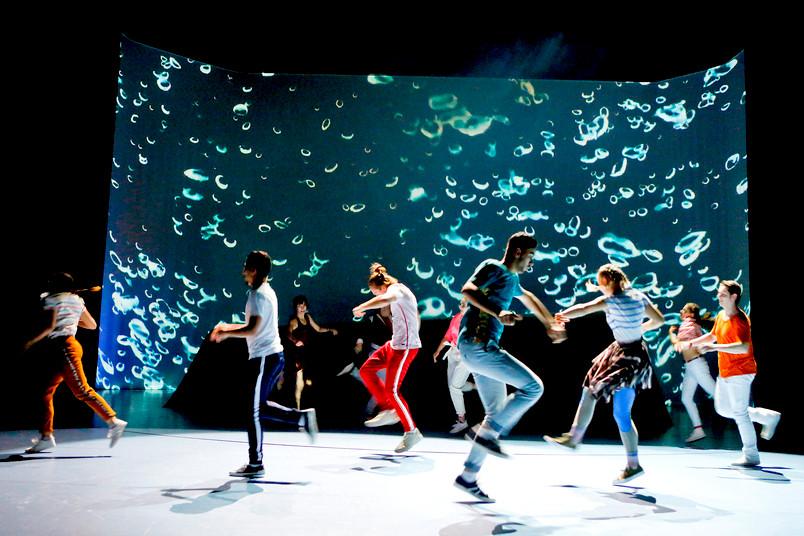 Szenenfoto einer Inszenierung am Theater Oberhausen
