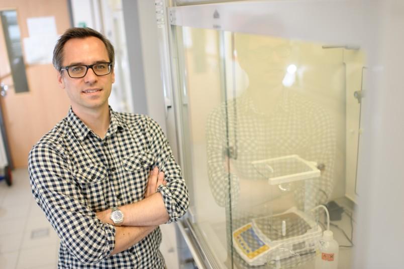 Malte Behrens bekommt eine standortübergreifende Professur in der Universitätsallianz Ruhr.