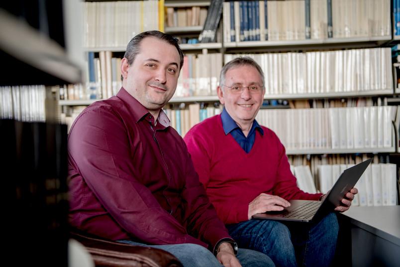 Zwei Astronomen