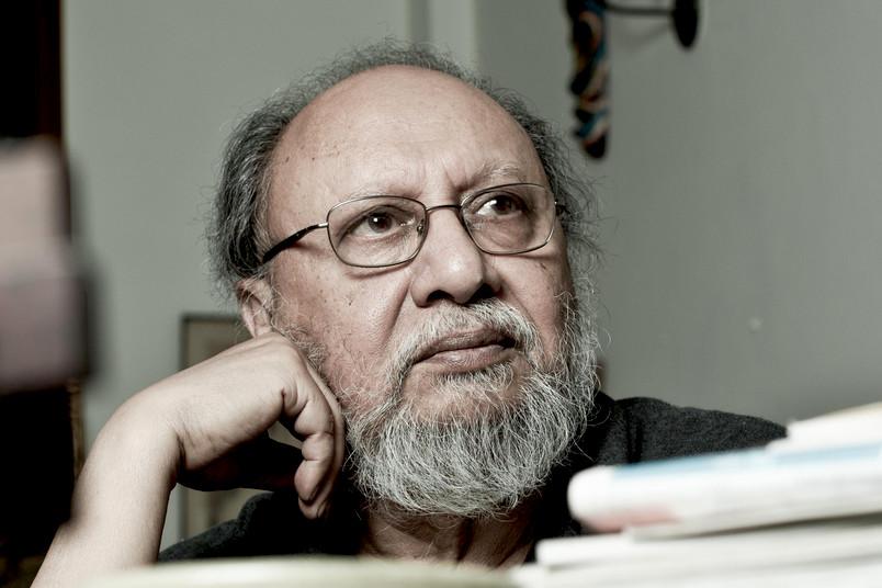 Nachdenklicher Forscher aus Indien, Ende 70