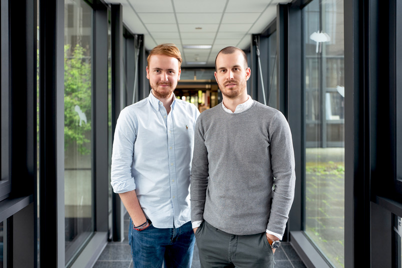 <div> Felix Krewerth (links) und Christoph Martinetz gründeten vor einem Jahr ihr Start-up.</div>