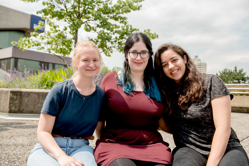 Drei Studentinnen