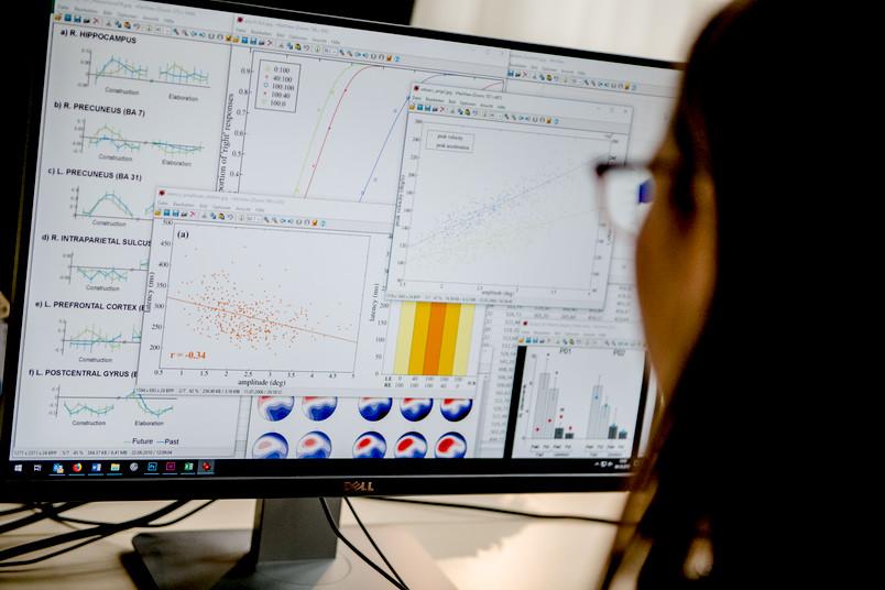 """<div> Den Umgang mit großen Datenmengen erlernen Studierende im Fach """"Econometrics"""".</div>"""