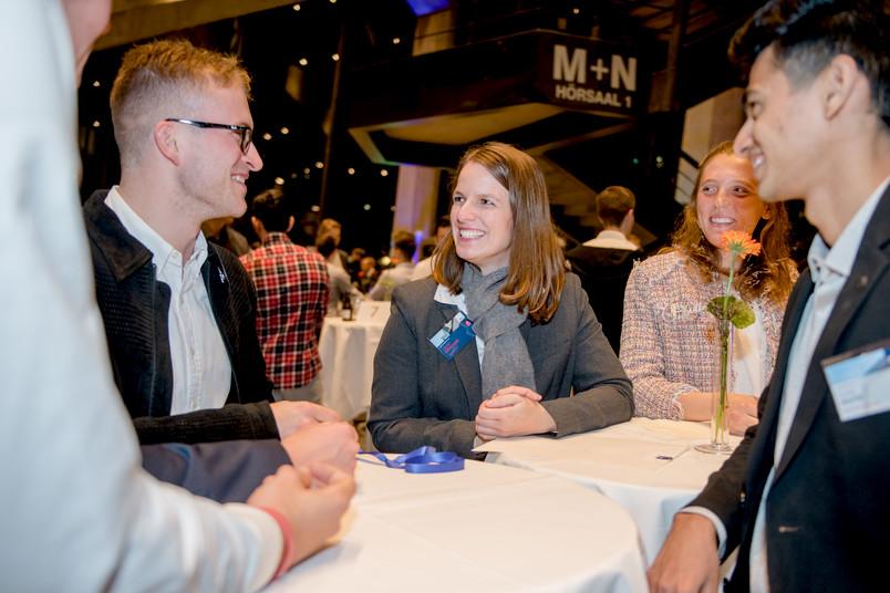 Henry Hopmann, Jenny Gödeclan und Cosima Clotten (von links) gehören zu den geförderten Studierenden.