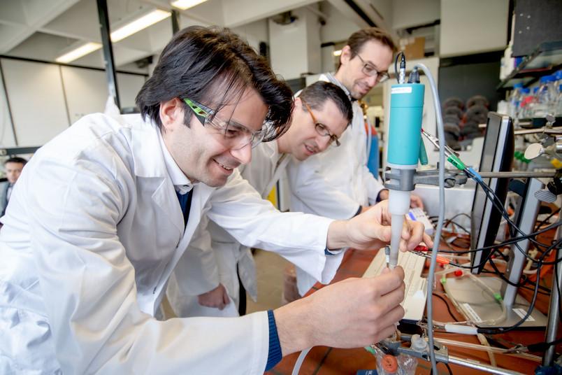 Drei Forscher von Resolv