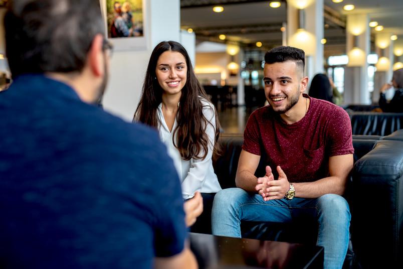 <div> Durch die Fördergelder bekommen junge Talente Zugang zur akademischen Welt.</div>