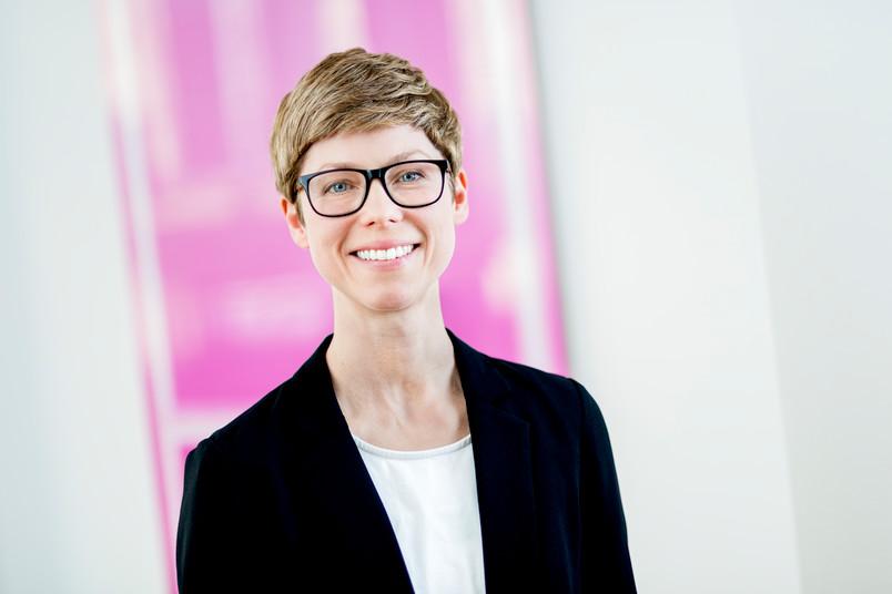 <div> Dr. Andrea Kießling forscht am RUB-Lehrstuhl für Öffentliches Recht, Sozial- und Gesund-heitsrecht und Rechtsphilosophie.</div>