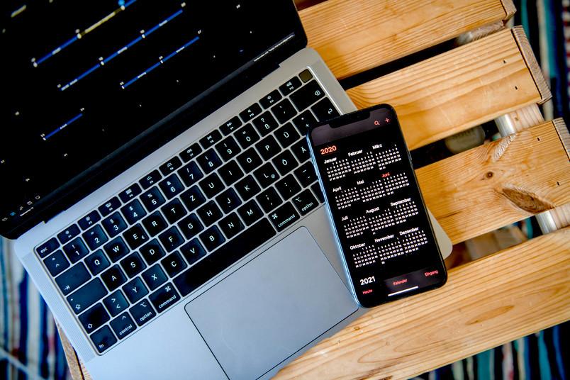 Kalender auf Rechner und Handy