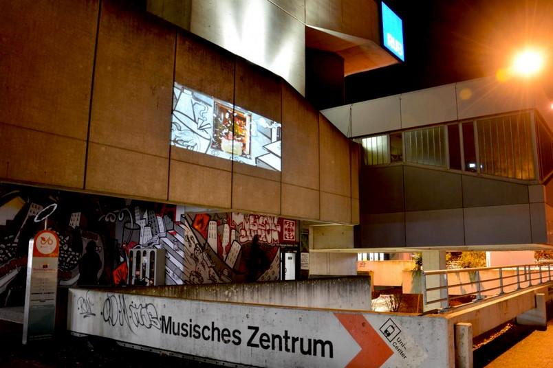 Fassade des Musischen Zentrums der RUB