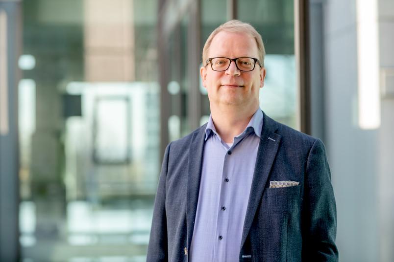 <div> Benedikt Jürgens leitet seit März das RUB-Dezernat Personal und Recht.</div>
