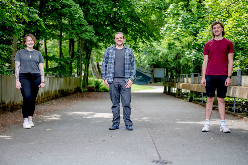 v.l.: Lina Gorzinski, Marvin Nöller und Henning Sprossmann