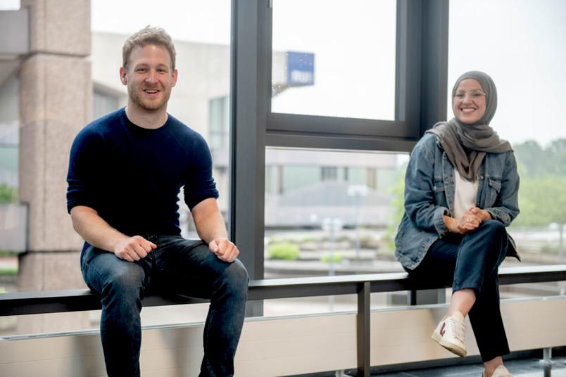 <div> Christian Maihöfer und Saadia Bouhaddou-Jasarevic haben in den vergangenen Monaten auch ihre Qualifizierung zum NRW-Talentscout abgeschlossen.</div>