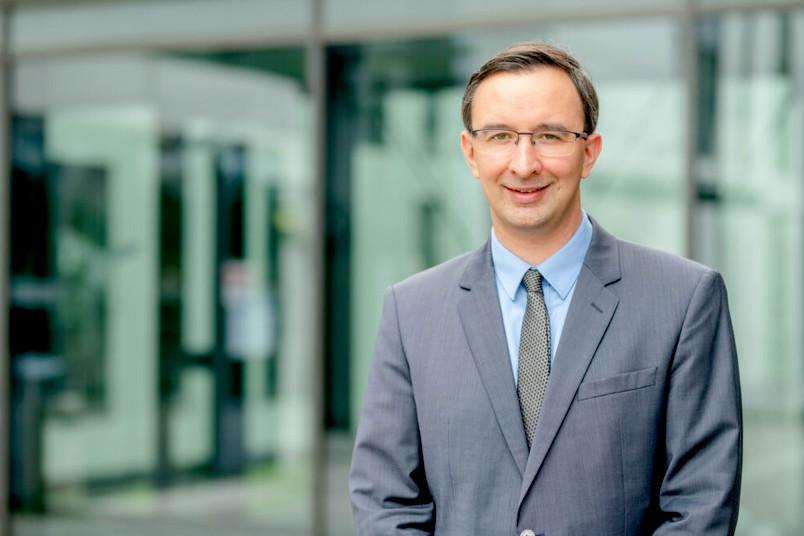 <div> Christian Meske übernimmt zum 1. September 2021 die Professur für Sozio-technisches Systemdesign und Künstliche Intelligenz.</div>