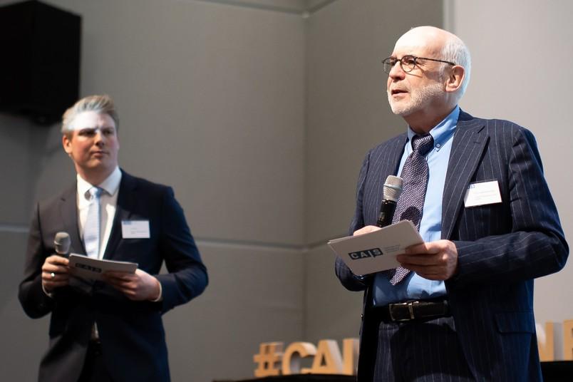 Freuen sich über die Verstetigung des Forschungsinstituts: Geschäftsführer Tim Pfenner (links) und Direktor Michael Baurmann