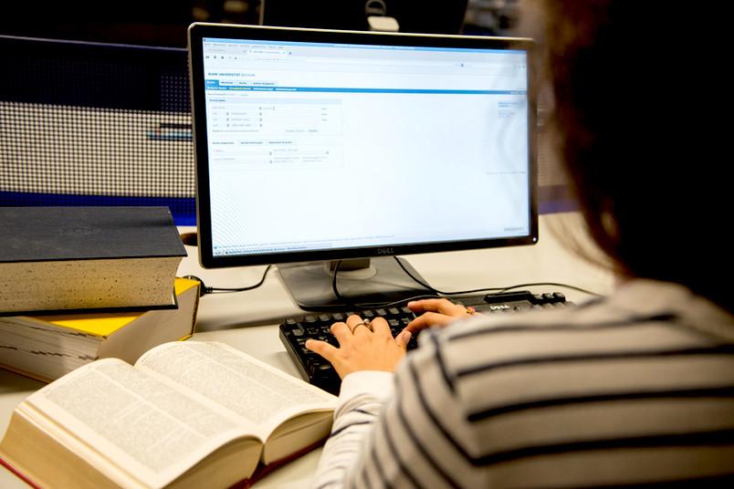Über 100 neue Arbeitsplätze entstehen auf Ebene 3 der Universitätsbibliothek.