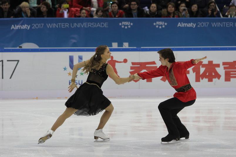 <div> Katharina Müller und Tim Diek auf dem Weg zum zweiten Platz</div>