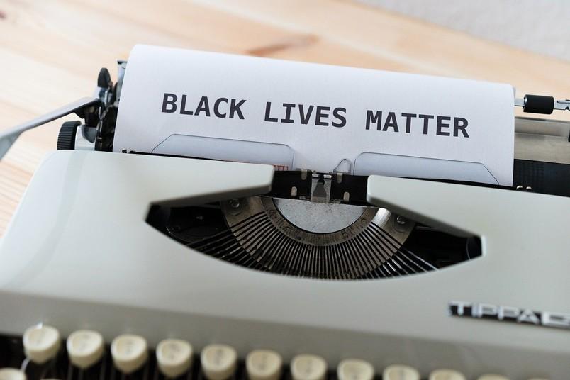 <div> Die Gewalt weißer Frauen in den 1950er- und 1960er-Jahren in den USA stand im Zentrum der Forschungen.</div>