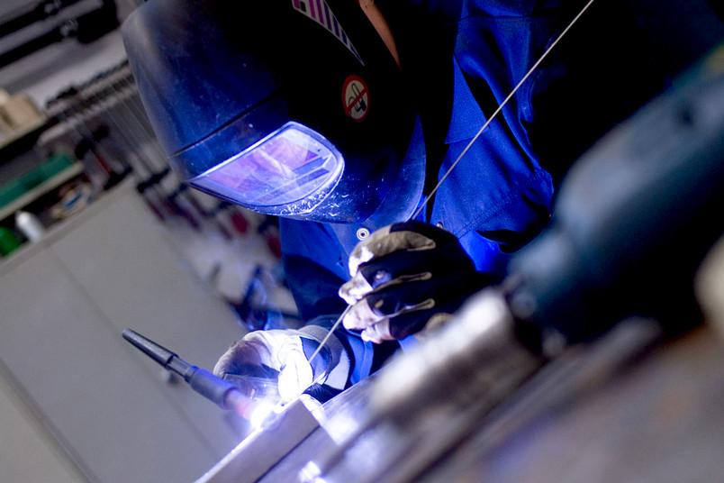 Schweißarbeit in einer Werkstatt an der Ruhr-Universität Bochum