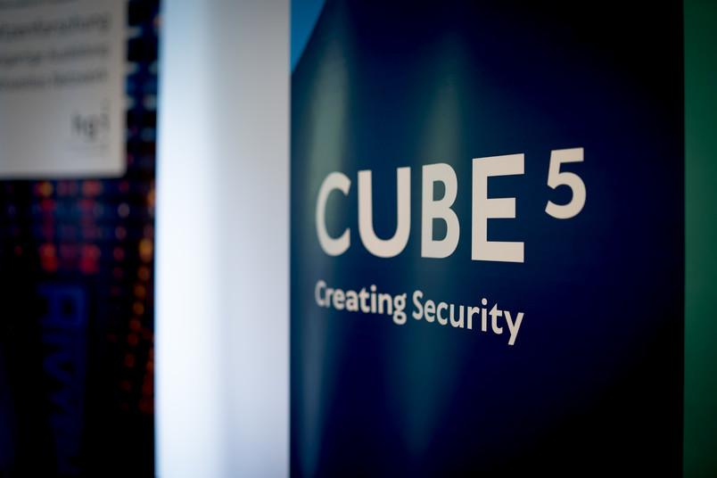 Logo von Cube 5