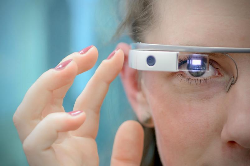 Stellvertreterbild Dossier Digitalisierung mit smarter Brille