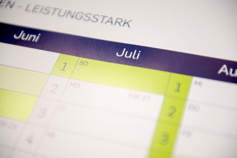 Jaheskalender mit dem Monat Juli im Fokus