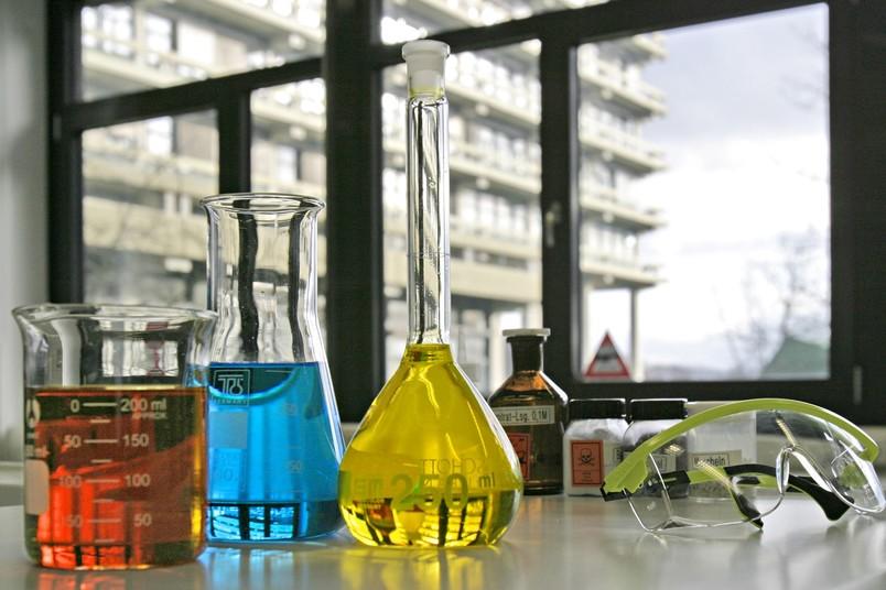 Symbolbild für den naturwissenschaftlich-technischen Bereich des Schülerlabors