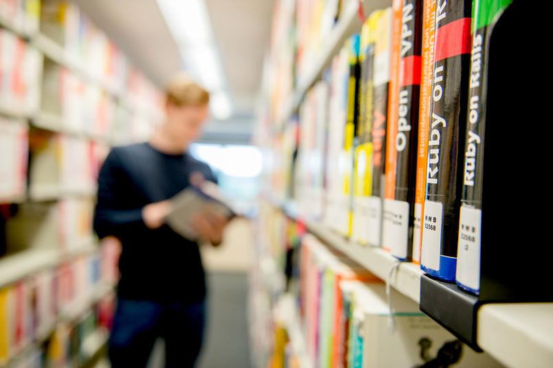 <div> Die Universitätsbibliothek hat einen Ausleihservice eingerichtet.</div>