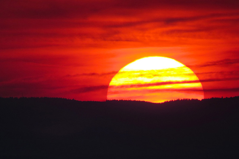 <div> Noch vor Sonnenuntergang gibt es erhellende Einblicke in die Welt der Astrophysik.</div>